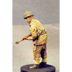 Battle weary airborne soldier with rifle
