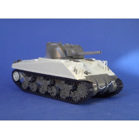351267 French Sherman M4A4 ex-DD