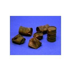Damaged oil drums (6 pieces)